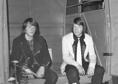 December 1973)